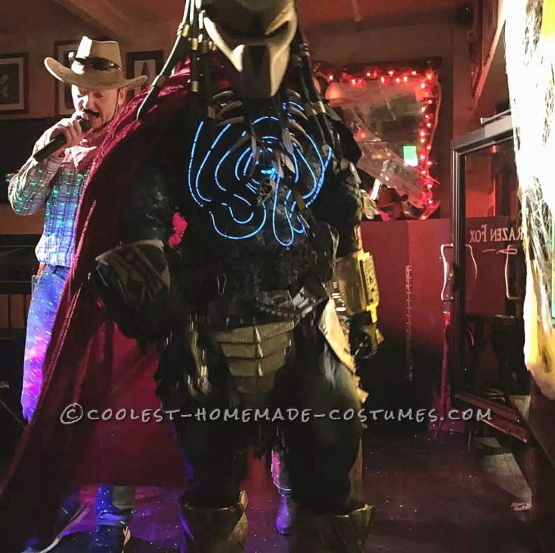 Original Homemade Mr. and Mrs. Predator Couple Costume - 3