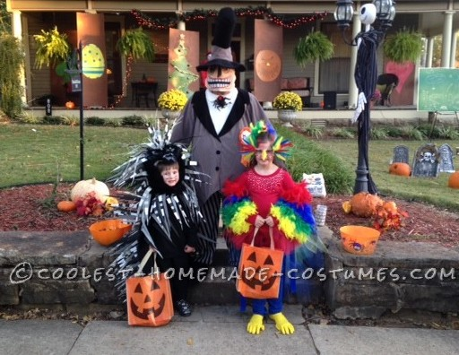 Coolest Parrot and Porcupine Costumes - 3