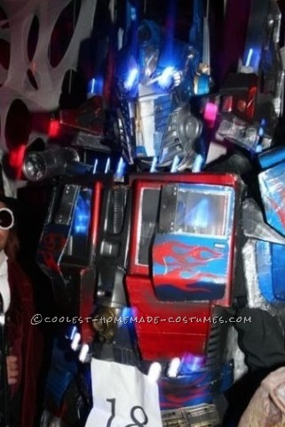 Awesome Homemade Optimus Prime Costume (with Battle Wounds)