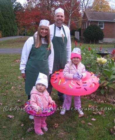 Coolest Homemade Doughnut Family Costume