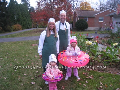 Coolest Homemade Doughnut Family Costume