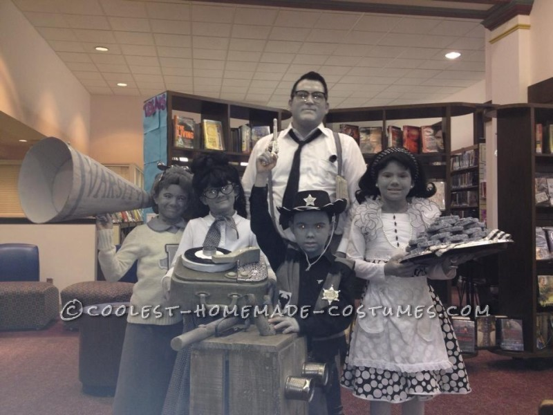 Black and White 50's  TV Family Costume - 2