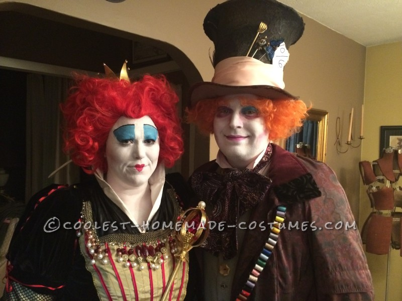 Great Red Queen and Mad Hatter Couple Costume - 1
