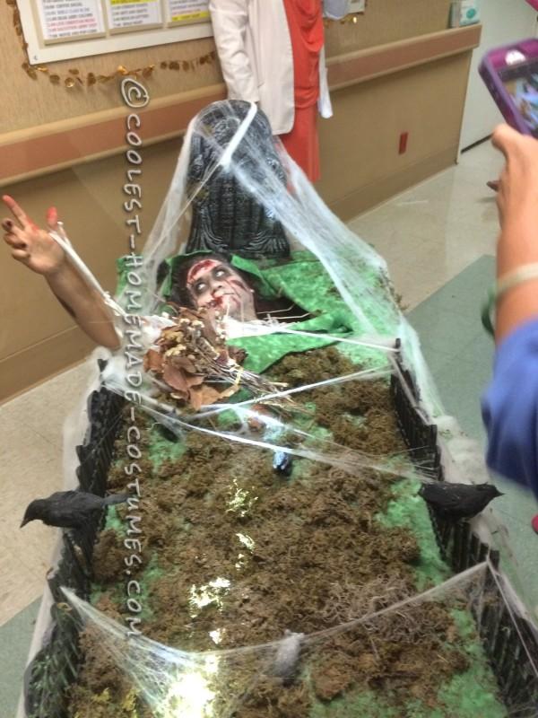 Creepy Rolling Graveyard Costume - 1