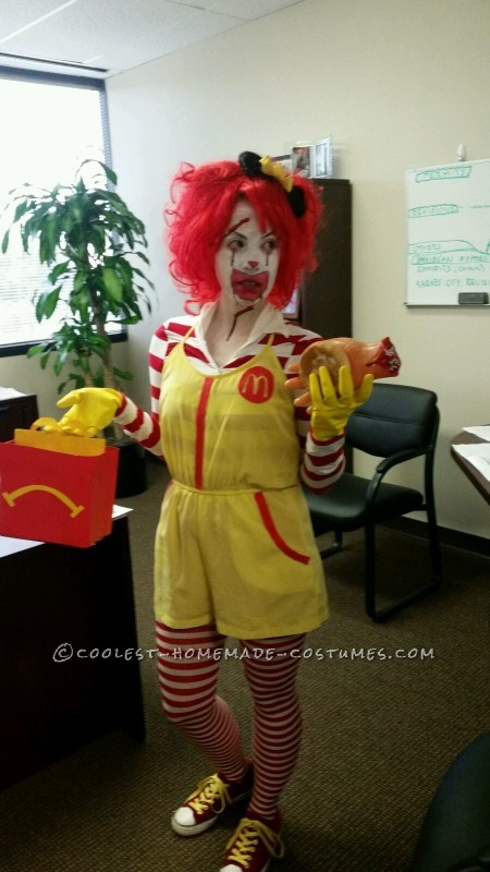 Super Creepy Serial Killer Ronald McDonald Costume - 1