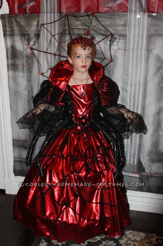 Beautiful Spider Queen's Coronation Day Costume