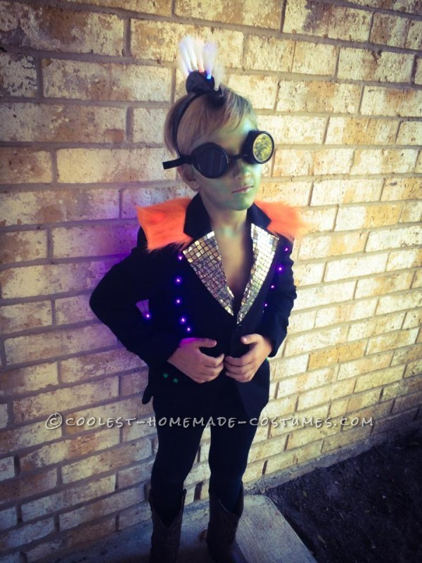 Coolest Family Costume Tales of a Steampunk Alien Invasion - 1