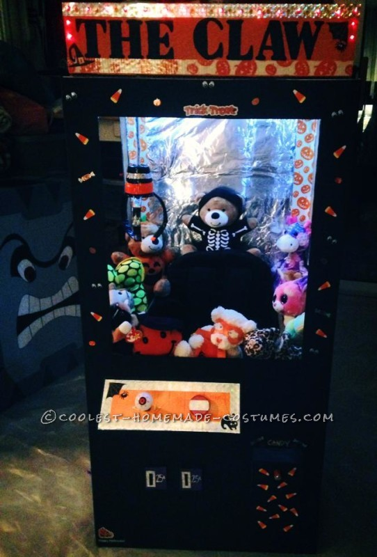 Cool Claw Machine Costume for a Girl