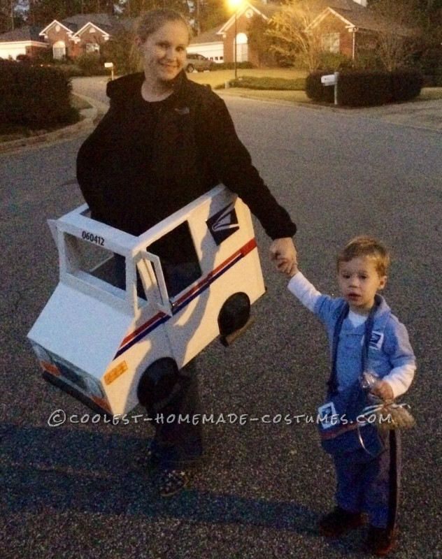 Coolest Mailman and Mail Delivery Truck Costume - 3