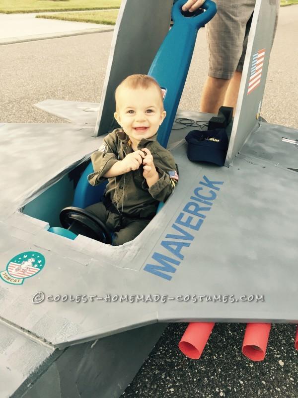 Top Gun Baby Pilot Costume with an F-14 Tomcat Jet Plane - 1