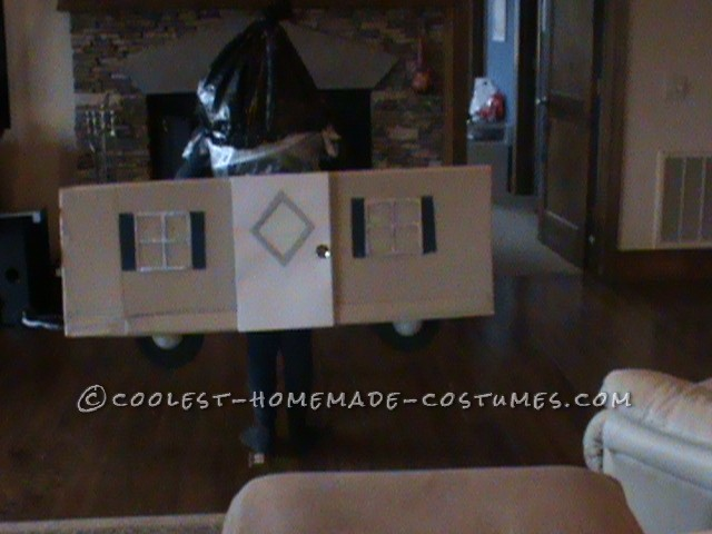 Cool Play on Words Trailer Trash Halloween Costume - 4