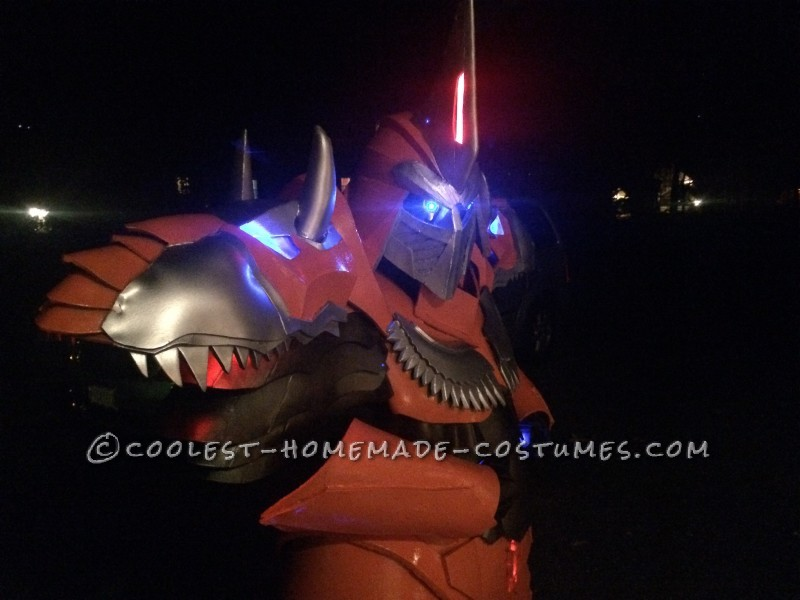 Homemade Dinobot Grimlock Costume – Transformers: Age of Extinction - 5