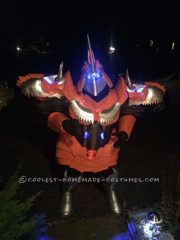 Homemade Dinobot Grimlock Costume – Transformers: Age of Extinction - 6