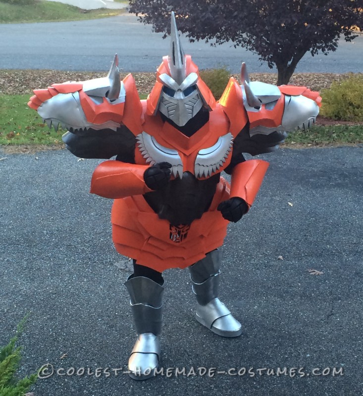 Homemade Dinobot Grimlock Costume – Transformers: Age of Extinction - 1