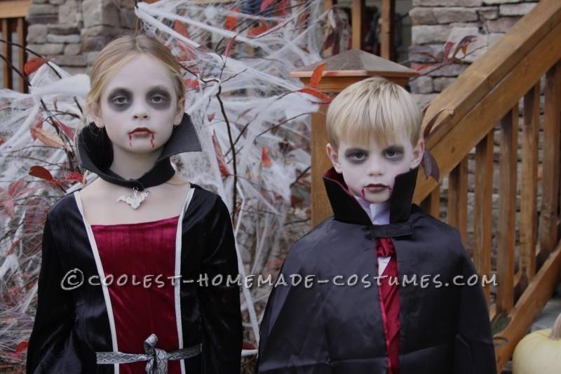 Halloween Vampire Siblings