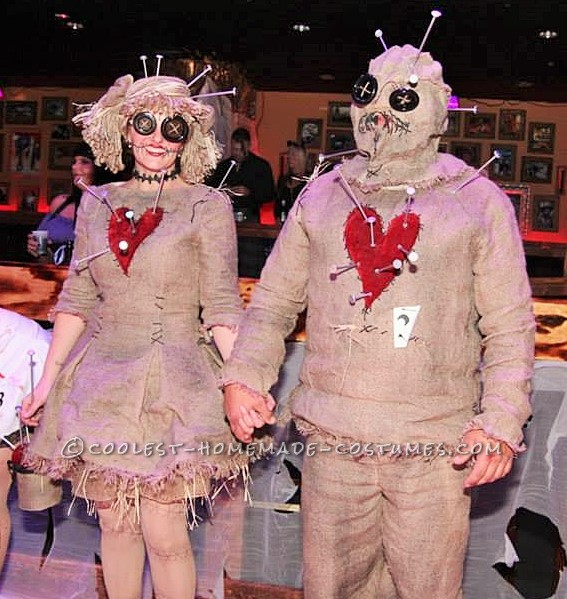 Coolest Voodoo Doll Couple Costume - 1