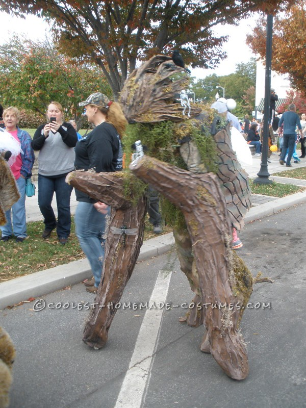 Cool Walking Tree Costume on Stilts