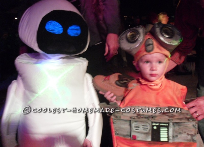 DIY Wall-E and E.V.E. Costumes for the Happiest Kids Ever! - 1