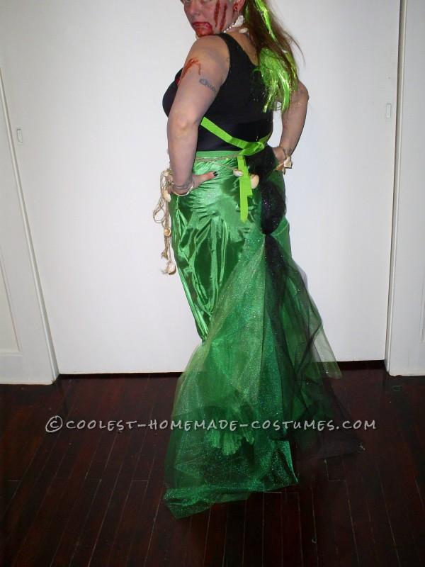 Zombie Pirate Catches Zombie Mermaid Couple Costume
