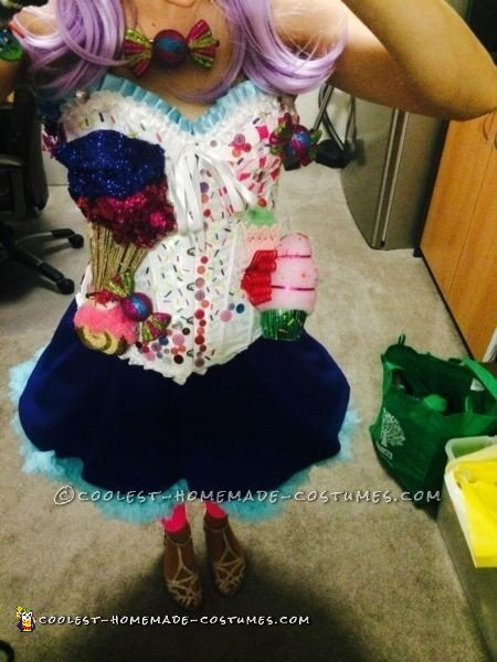 Cool Homemade Katy Perry Candyland Costume - 1