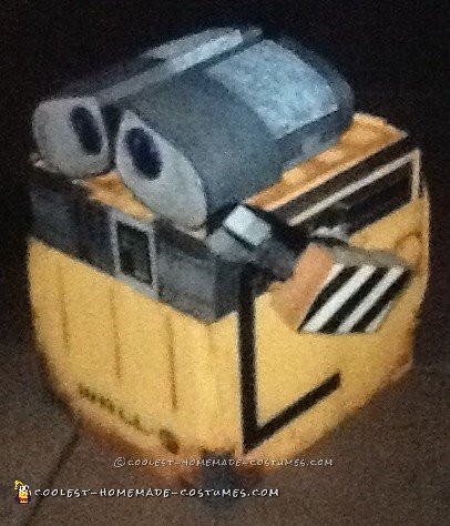 Cool Wall-E Costume for a Toddler Boy