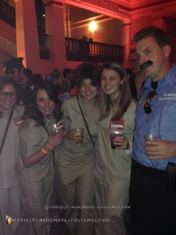 Piper and Officer Mendez (Pornstache) Couple Costume - 2