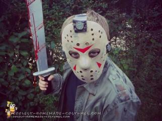Easy Child's DIY Jason Voorhees Costume