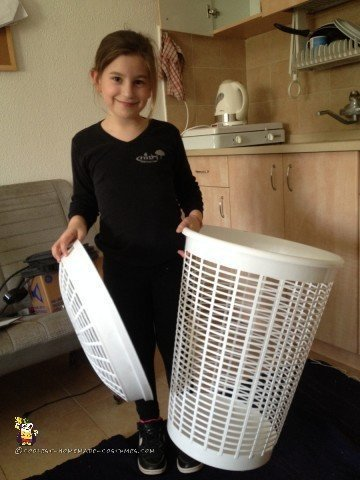 Popcorn costume - finding just the right laundry basket