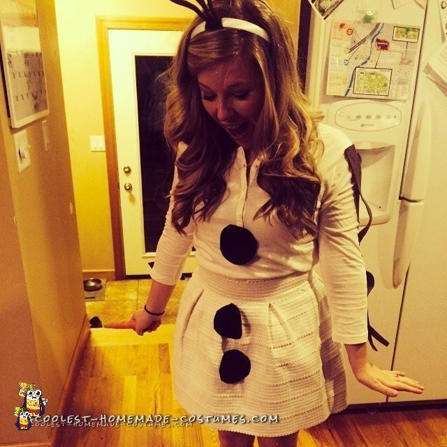 College Girl Edition Olaf Costume