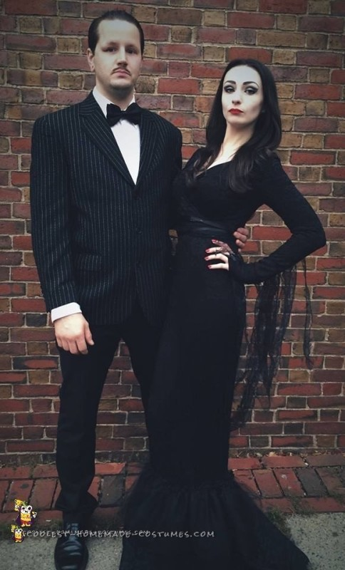Cool Morticia And Gomez Addams Couple Costume