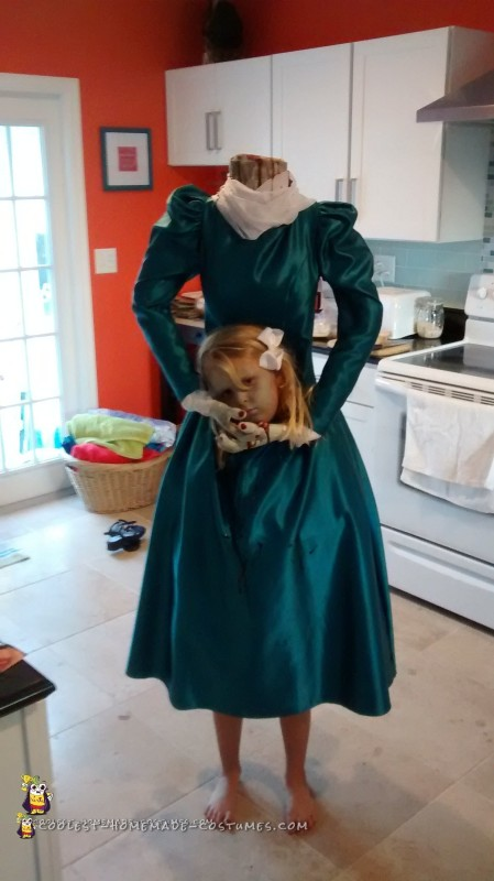 Creepy Headless Homemade Costume for a Girl - 2