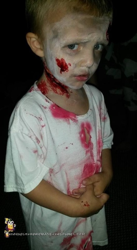 Last-Minute Zombie Costume for a Toddler