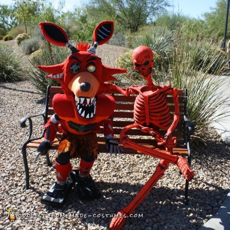 Nightmare FNAF Foxy Costume