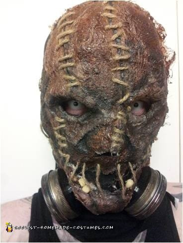 Close up of the mask