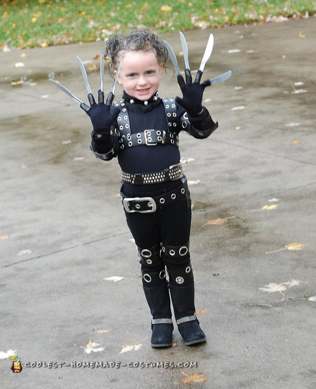 Awesome Edward Scissorhands Costume for a Girl - 1