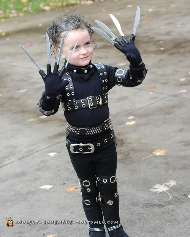 Awesome Edward Scissorhands Costume for a Girl