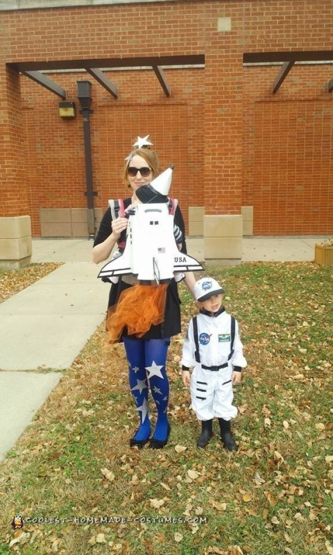 Baby Carrier Rocket and Astronaut Halloween Costumes - 1