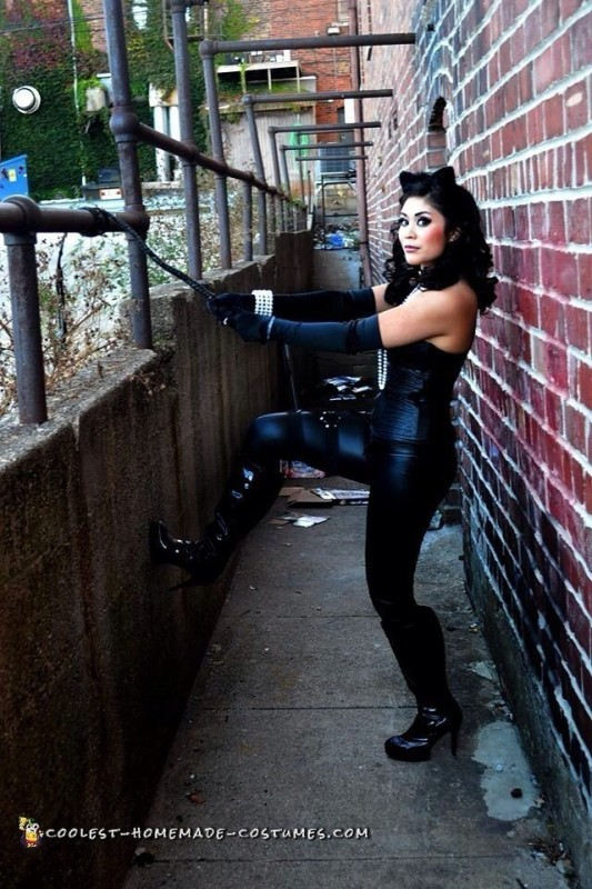 Catwoman Costume in Downtown - 4