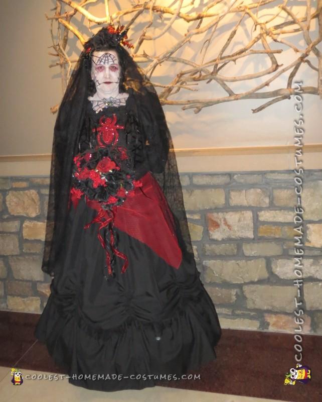 blackwodow spider bride