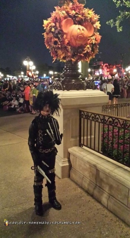 Edward Scissorhands Halloween Costume - 2