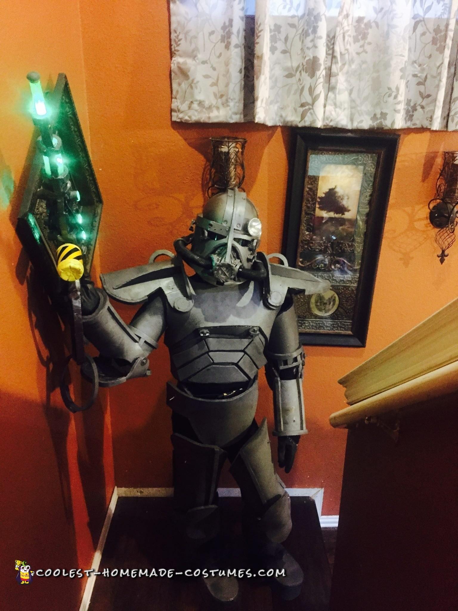 Homemade Fallout 3 Power Armor Costume