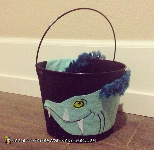 The trick or treat pail
