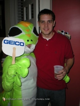Geico Gecko and Customer Couple Costume
