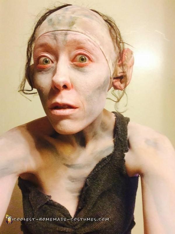 Gollum bathroom selfie