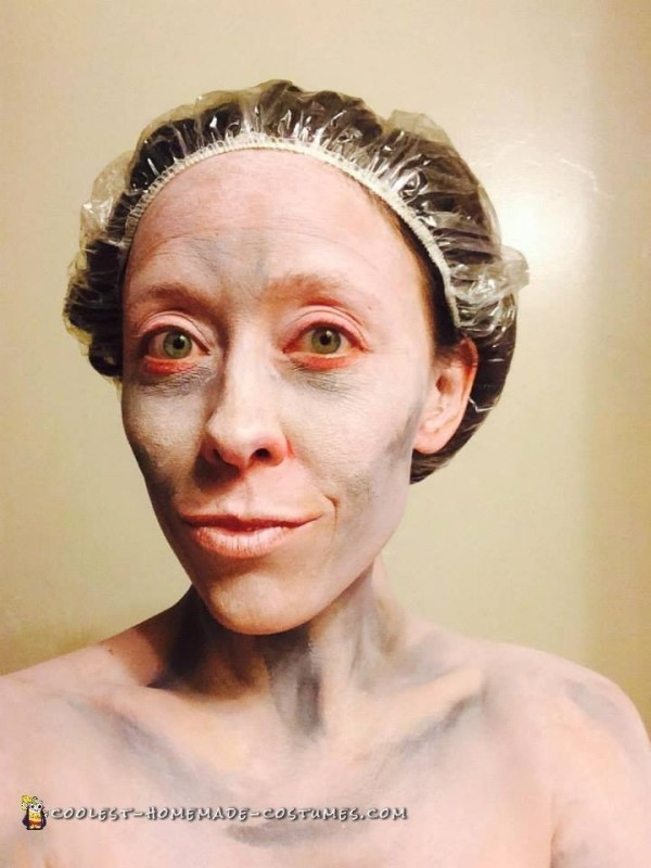 Washing Gollum face off