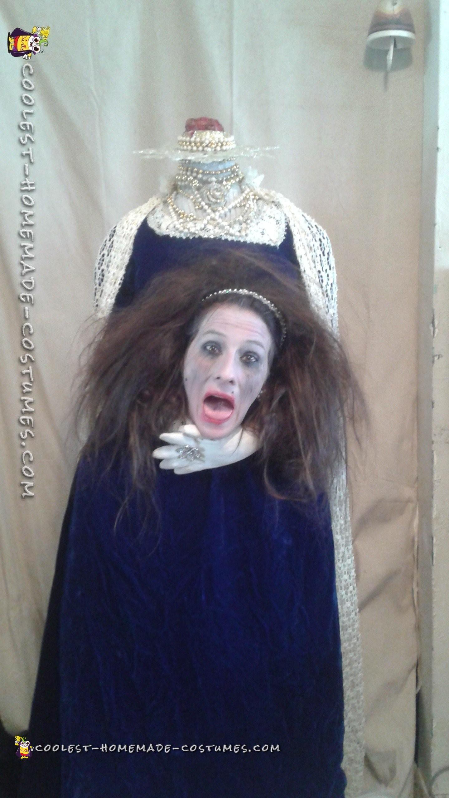 Headless Queen Costume