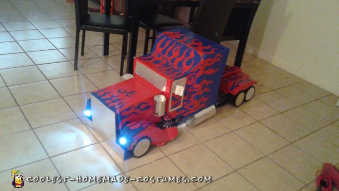 Incredible Optimus Prime Transformer Costume
