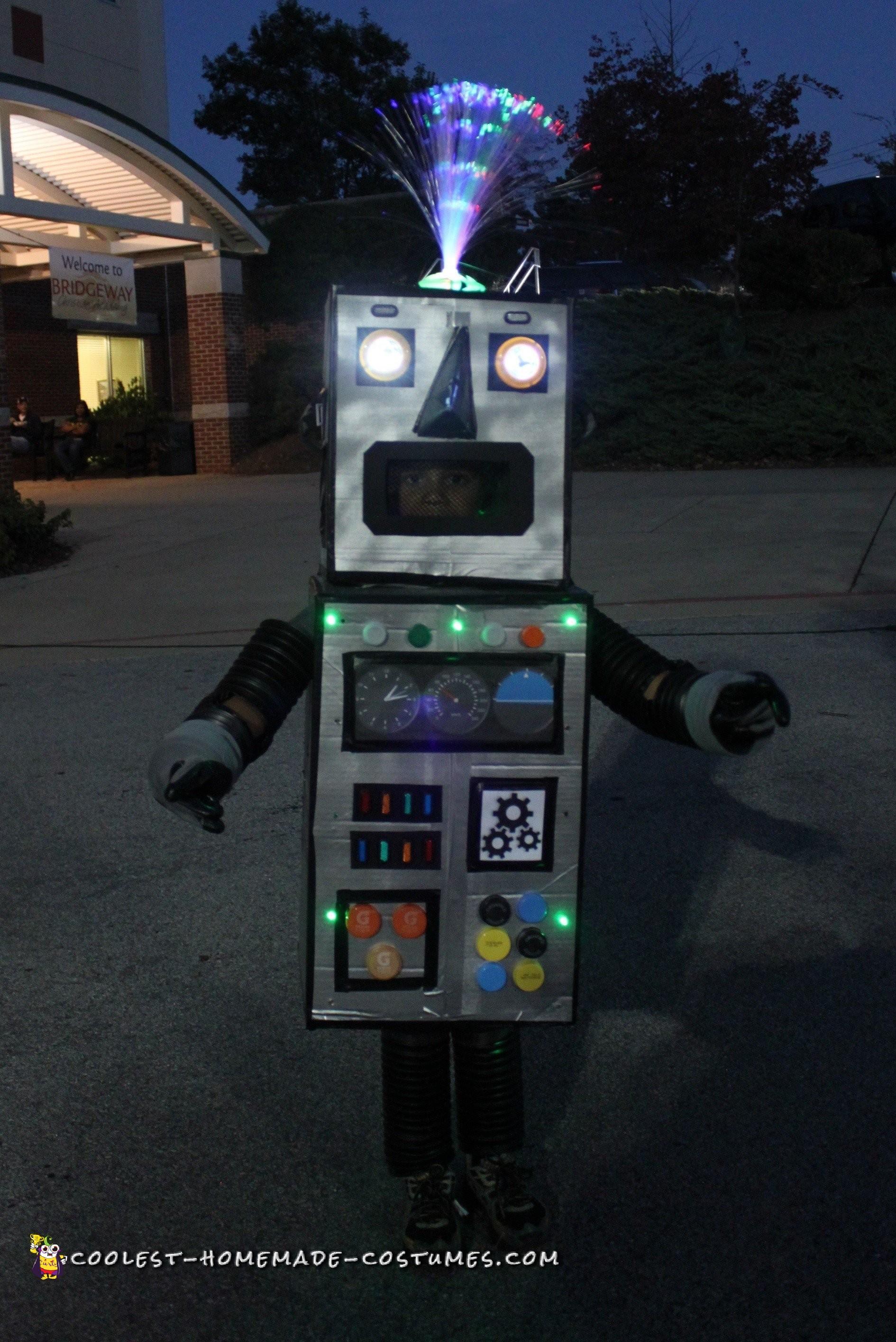 DIY Robot Costume that Lights Up!
