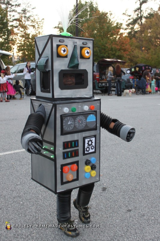 DIY Robot Costume that Lights Up!