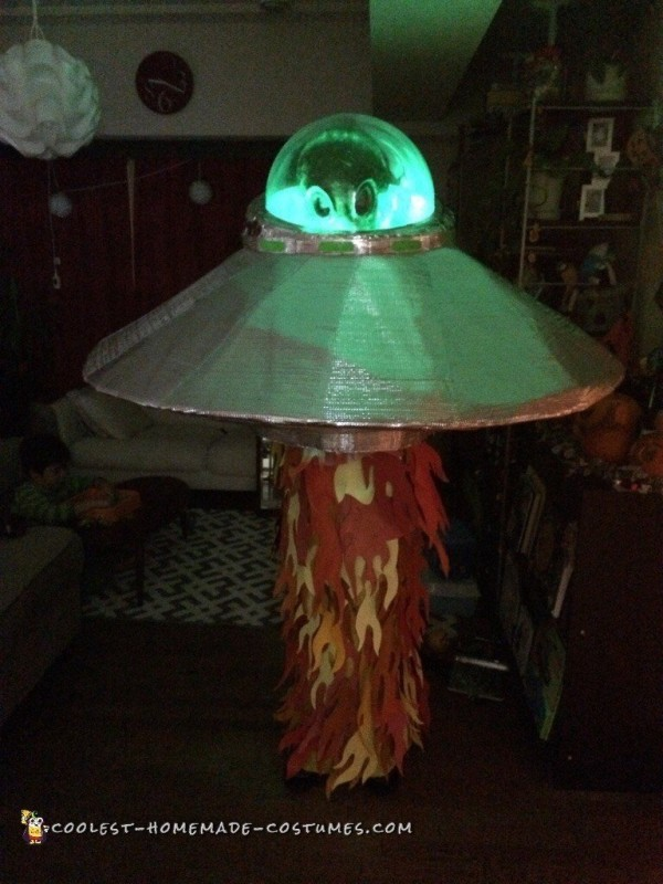 coolest home made flash light   Awesome UFO Alien Costume that Lights Up!
